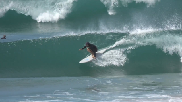 BEAU CRAM ELEGANT FINLESS SURFING