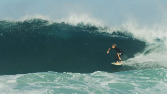 SESSIONS: Hollow Sand Bottom Pipes With Rasta & Crew