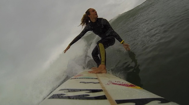 Justine Dupont I Big wave surfing I Paddle session in Bask country