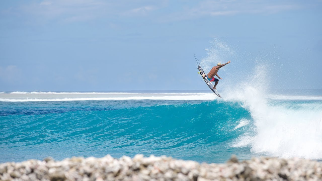Life's Better in Boardshorts, Chapter 10: Halfway to the Horizon | Billabong