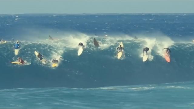 Waimea Bay | 05 December 2018 | Surfing in Hawaii