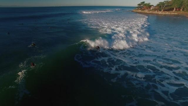 REUNITED: The Queen & El Niño