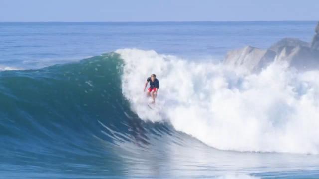 alan jr Cleland surfing deep down south??