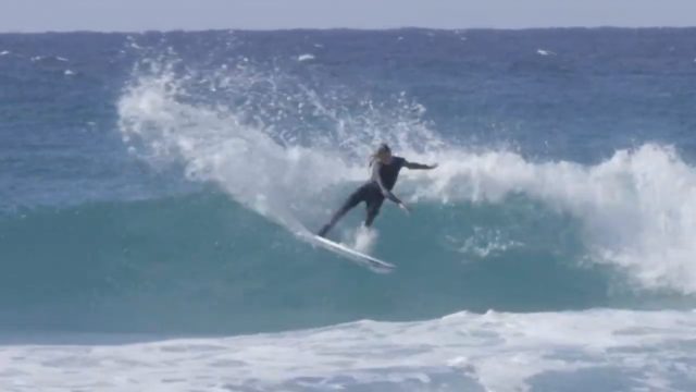 """Give It Away Now"" Landen Smales Surfs Caba"