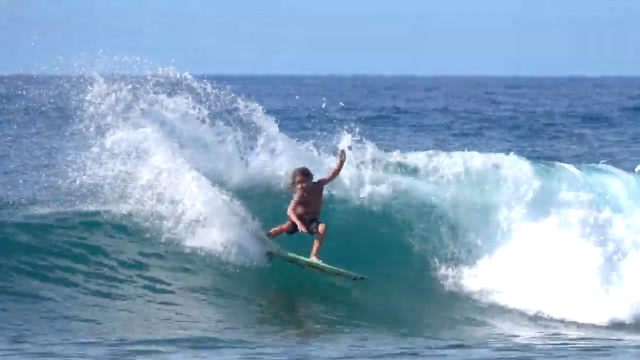 Jackson Dorian surfing Hawaii winter 2020