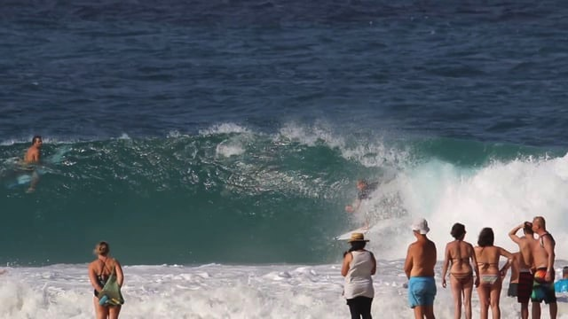 Mick Fanning, Jack Freestone and some other familiar faces at Snapper