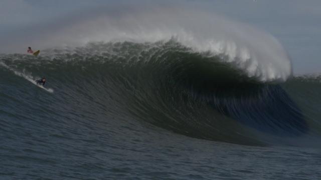 VERTICAL LINES SURF FILM