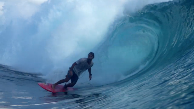 bruno santos showing his unique skills at kandui hideaways