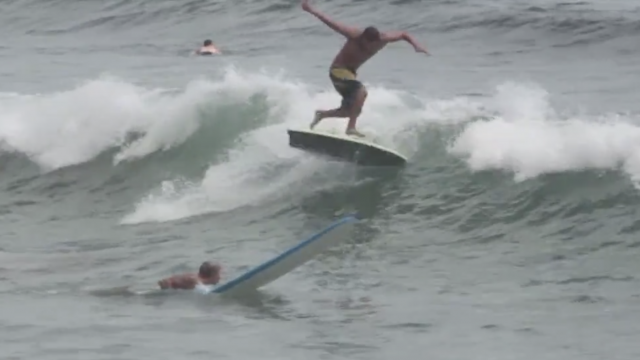 MO BEATS SUMMER WITH CATCH SURF