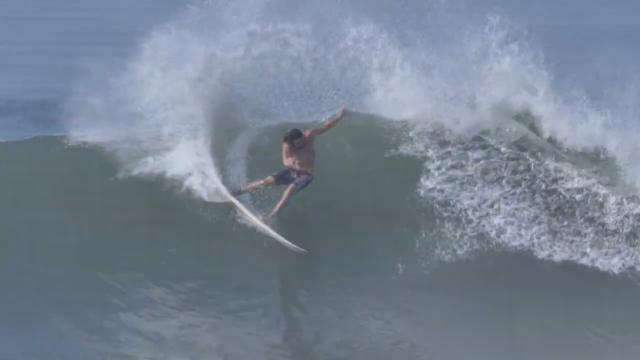 El Salvador 2019 best waves off the year