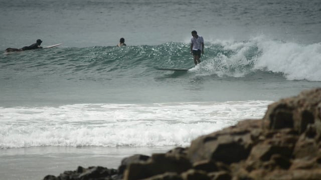 Sam Crookshanks -  A few waves at Noosa