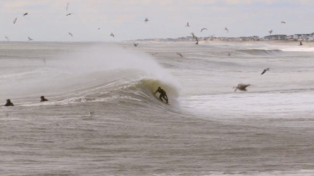 One minute with a random swell up north