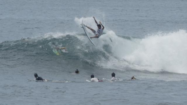 Keramas surf session 4K