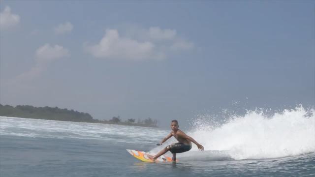 Pietro Garroux surfer 11 years old Mentawaii 2019