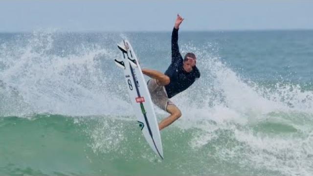 Eric Geiselman surfs the Slater Designs Sci-FI 2.0 in Florida.