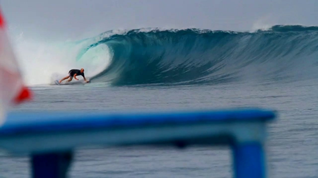 byron howarth ...webster surfboards.......kandui resort