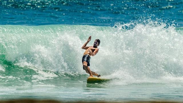 DEUS SLIDETOBER FEST 2015 – SURF DAY 02