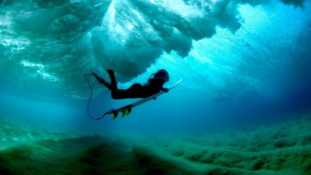 Surfing Perfect Hawaii