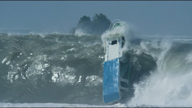 """""""The biggest brownest barrels you have ever seen"""": Nias Super Swell Event Behind"""