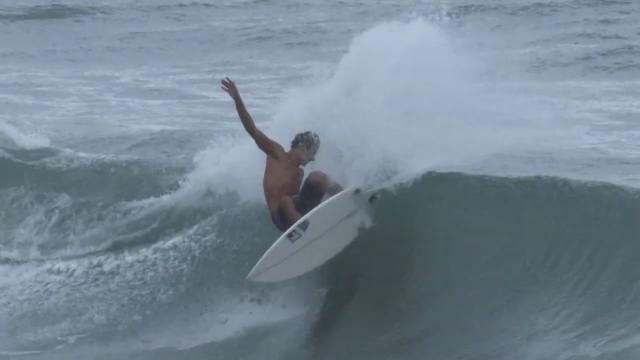 Hizunomê Bettero - Surfing at Home