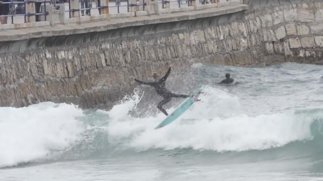 Sean Gunning free surf at home